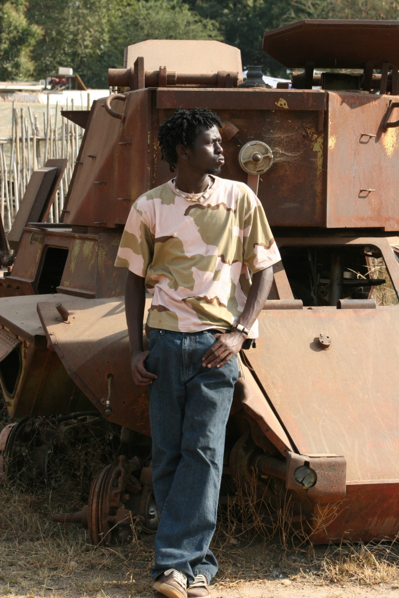 Emmanuel with another tank, 2
